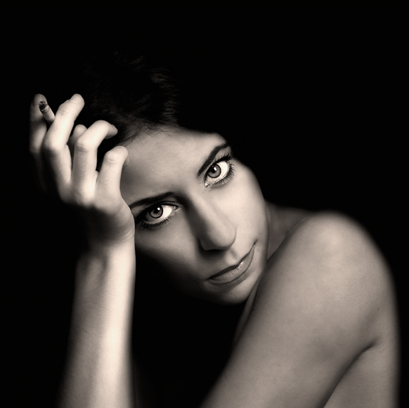 Stunning Examples of black and white Portrait Photography 34 575x573 40 Stunning Examples of Black and White Portrait Photography